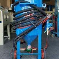 平顶山开放式喷砂罐 移动式喷砂机切削表面氧化层粗糙度处理