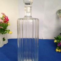竖条纹造型玻璃工艺酒瓶吹制横纹造型玻璃酒瓶吹制手工玻璃酒瓶