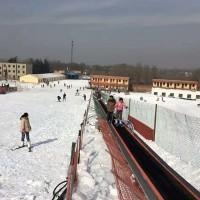 大型滑雪场魔毯电梯 遥控一键启动轻松到达目的地